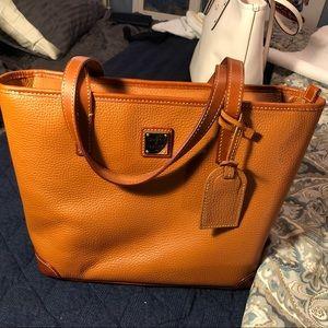 Dooney & Burke Women's tote handbag
